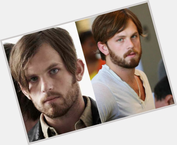 caleb followill new hairstyles 6.jpg