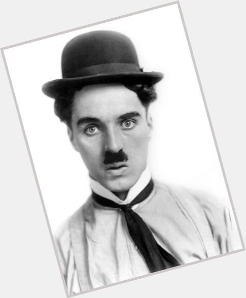 charles chaplin the tramp 1.jpg