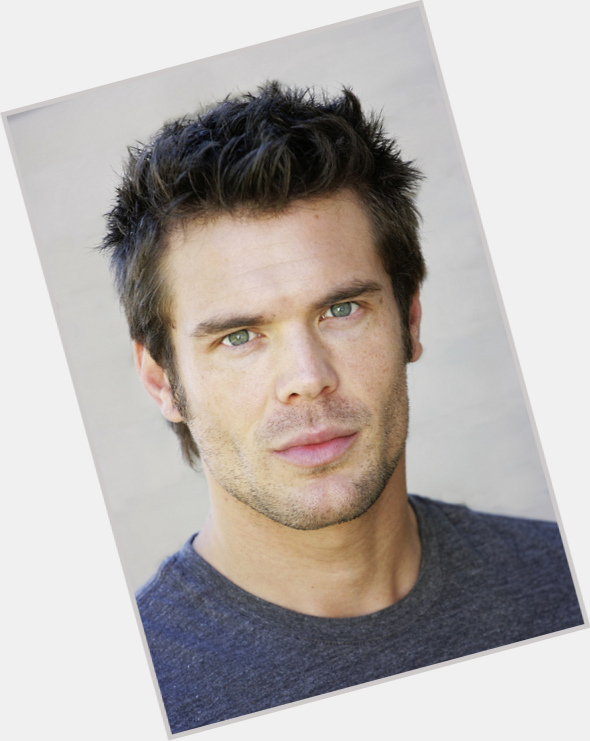 charlie weber warehouse 13 0.jpg