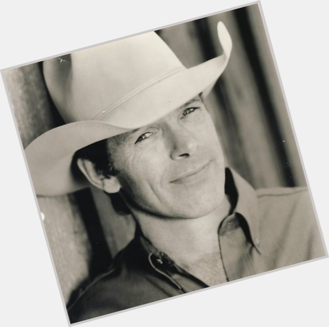 chris ledoux riding 1.jpg