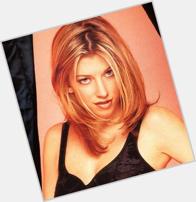 claire goose wallpaper 3.jpg