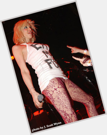 courtney love new hairstyles 6.jpg
