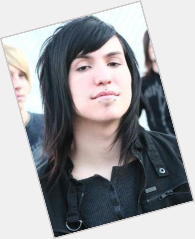 Is Craig Mabbitt Gay 105
