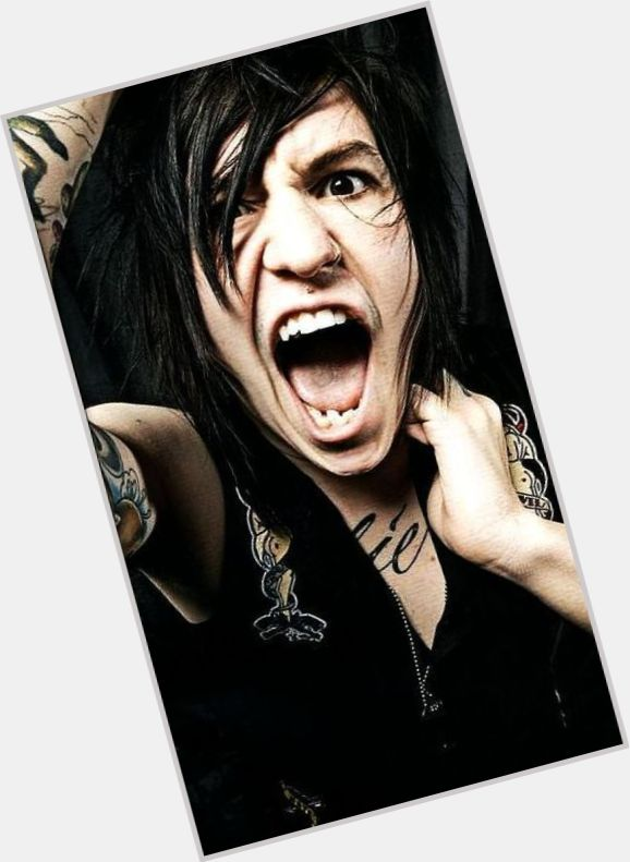 Is Craig Mabbitt Gay 11