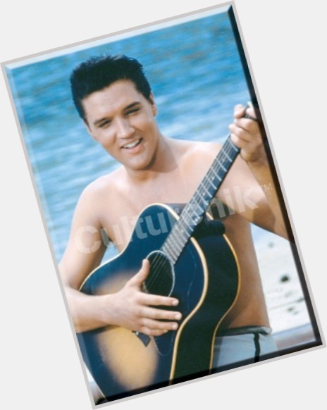 elvis presley singing 11.jpg