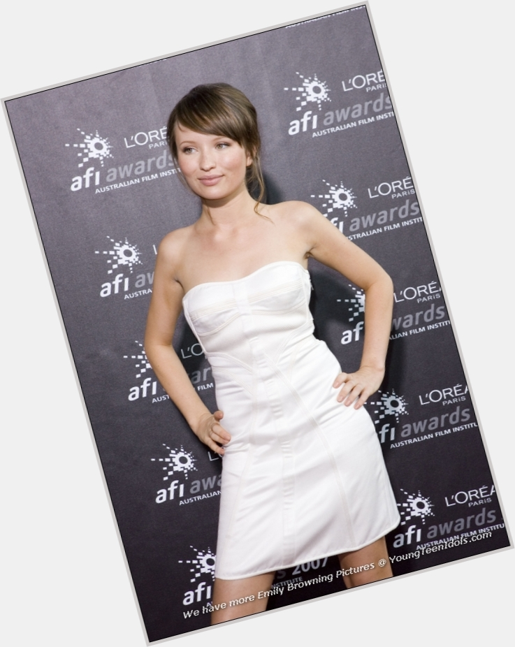 emily browning sucker punch 7.jpg