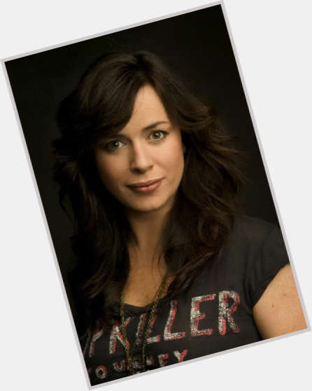 eve myles teeth 0.jpg