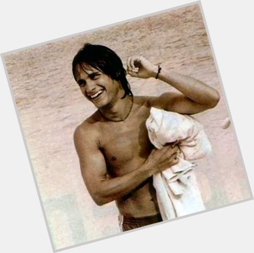 gael garcia bernal motorcycle diaries 10.jpg