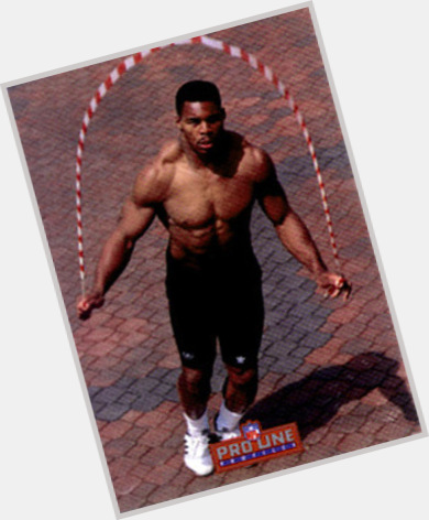 herschel walker pushups 8.jpg