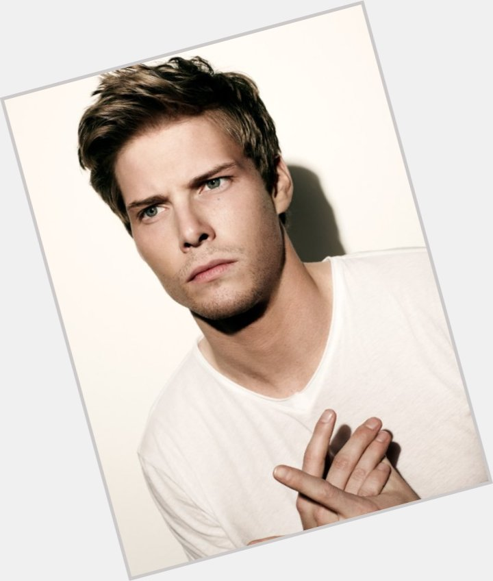 hunter parrish new hairstyles 1.jpg