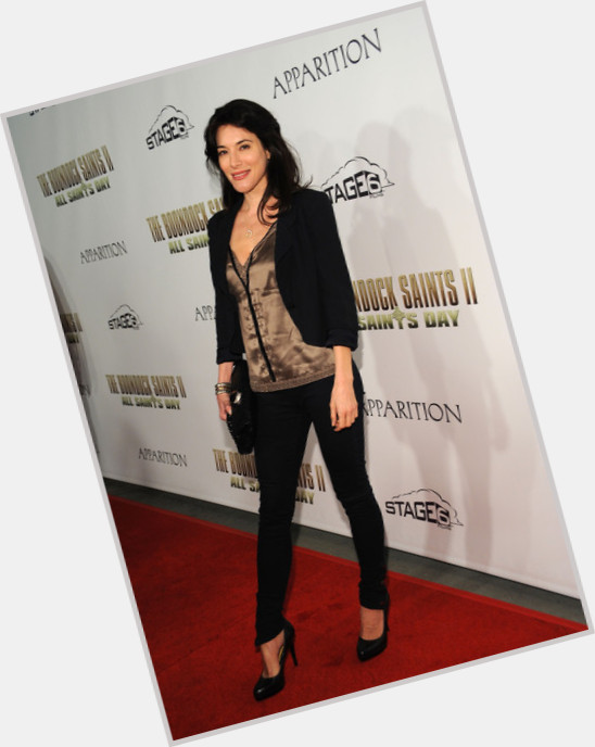 jaime murray fright night 2 10.jpg