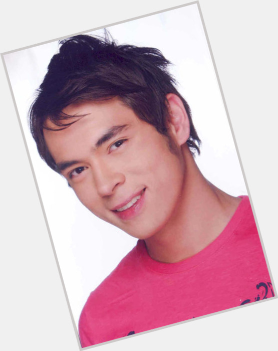 jake cuenca new hairstyles 0.jpg