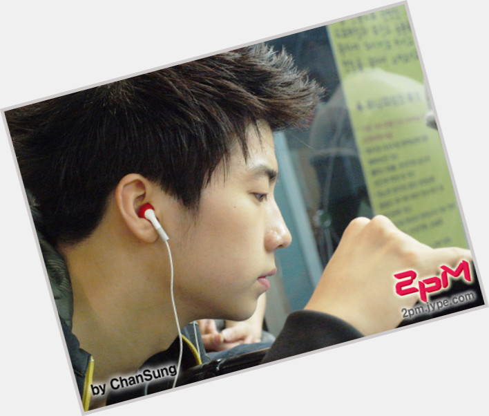 jang wooyoung new hairstyles 0.jpg