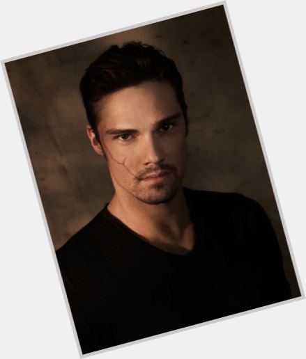 jay ryan body 1.jpg