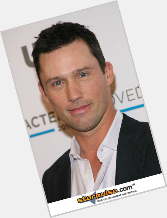 jeffrey donovan and gabrielle anwar 0.jpg
