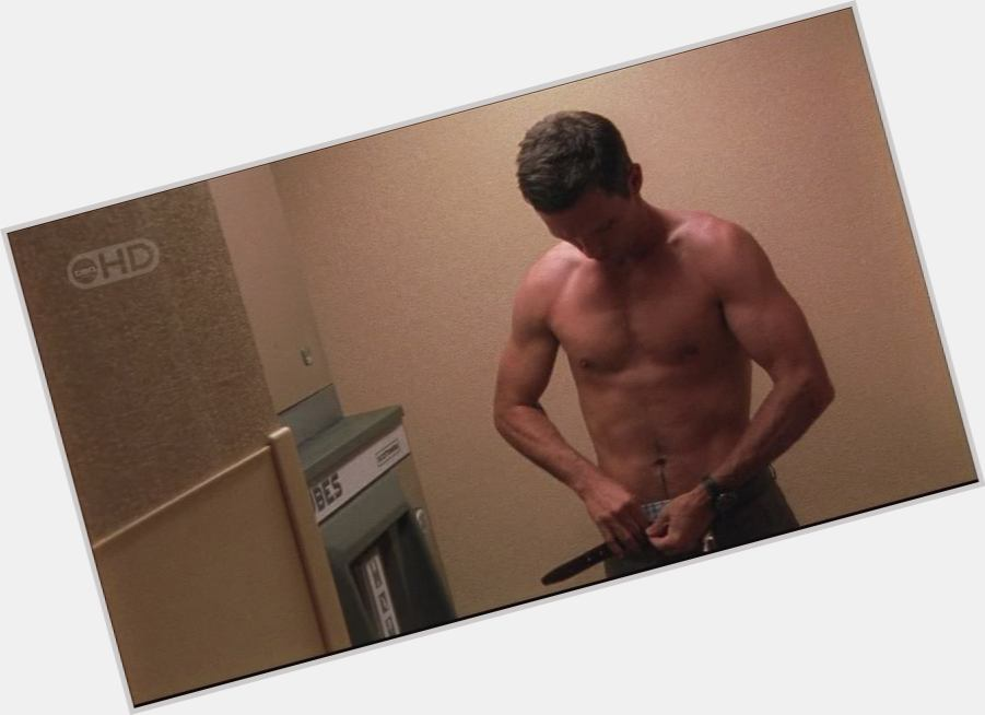 jeffrey donovan workout 4.jpg
