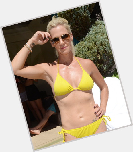 jennie garth weight loss 7.jpg