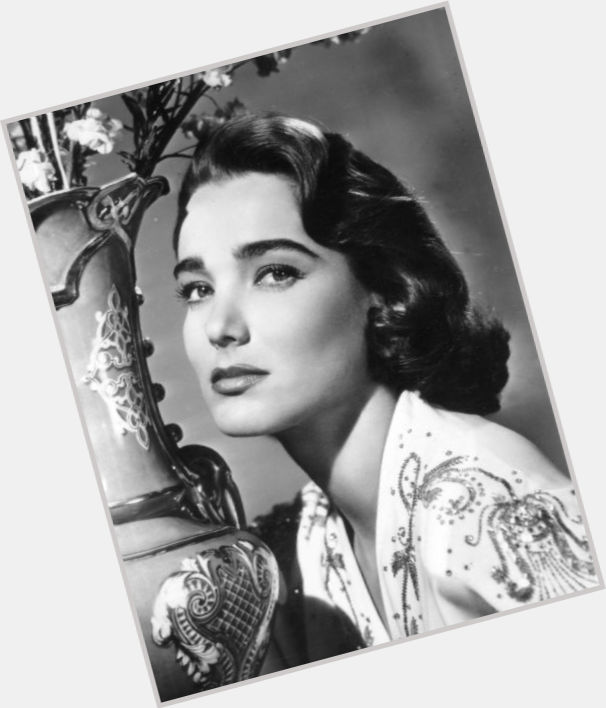 julie adams new hairstyles 1.jpg