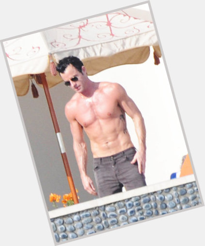 justin theroux body 7.jpg
