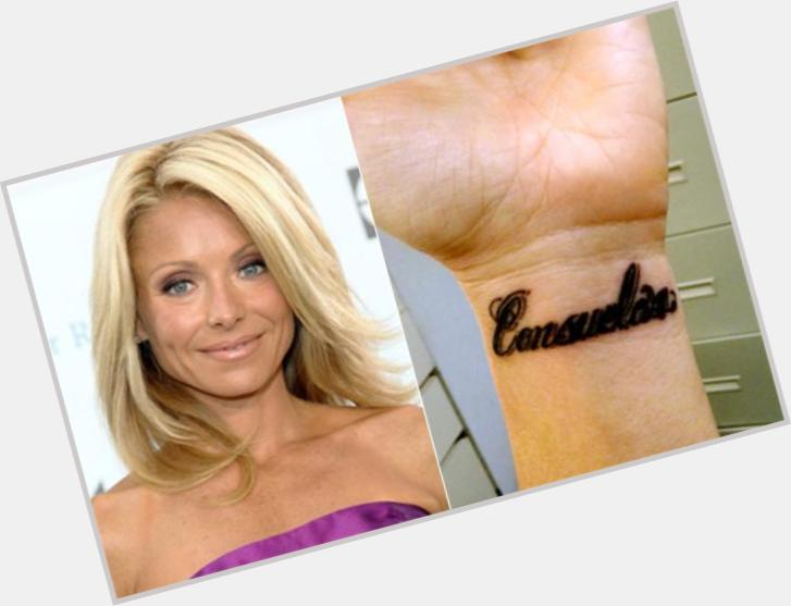kelly ripa new haircut 1.jpg