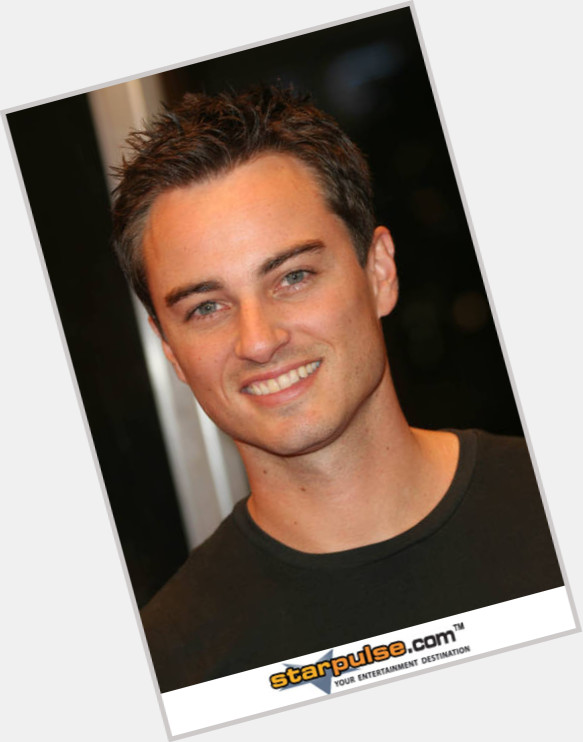 kerr smith new hairstyles 0.jpg