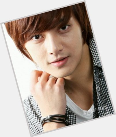 kim jun new hairstyles 1.jpg