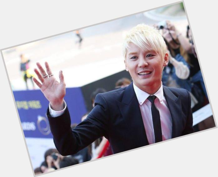 kim jun new hairstyles 6.jpg