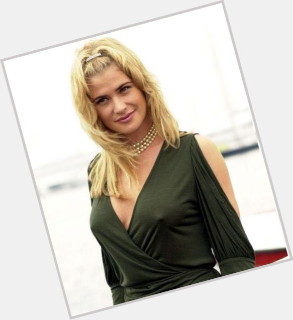 kristy swanson flowers in the attic 10.jpg