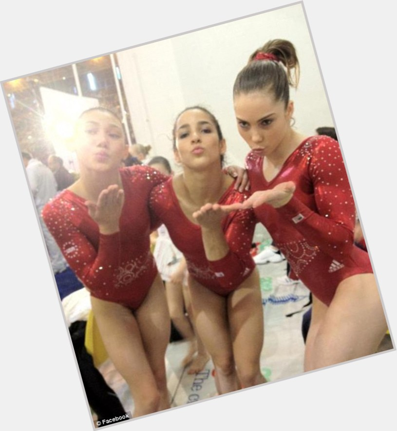 kyla ross and mckayla maroney 2.jpg