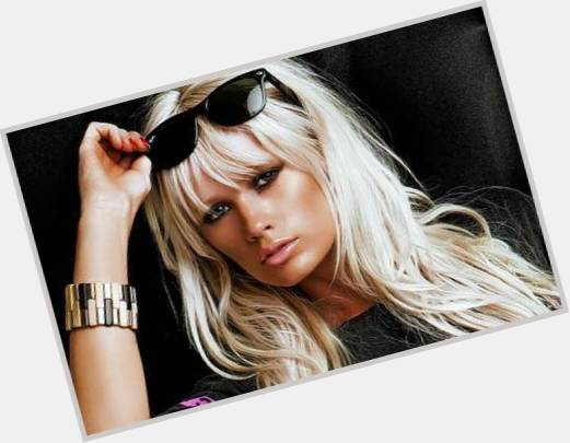 lauren bennett party rock anthem 0.jpg