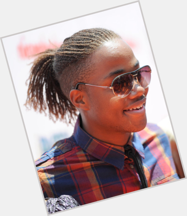Leon Thomas Iii Official Site For Man Crush Monday Mcm