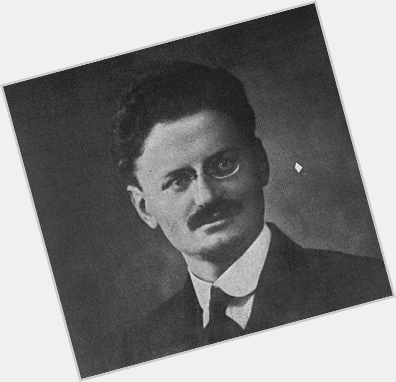 leon trotsky thinks you re hotsky 1.jpg