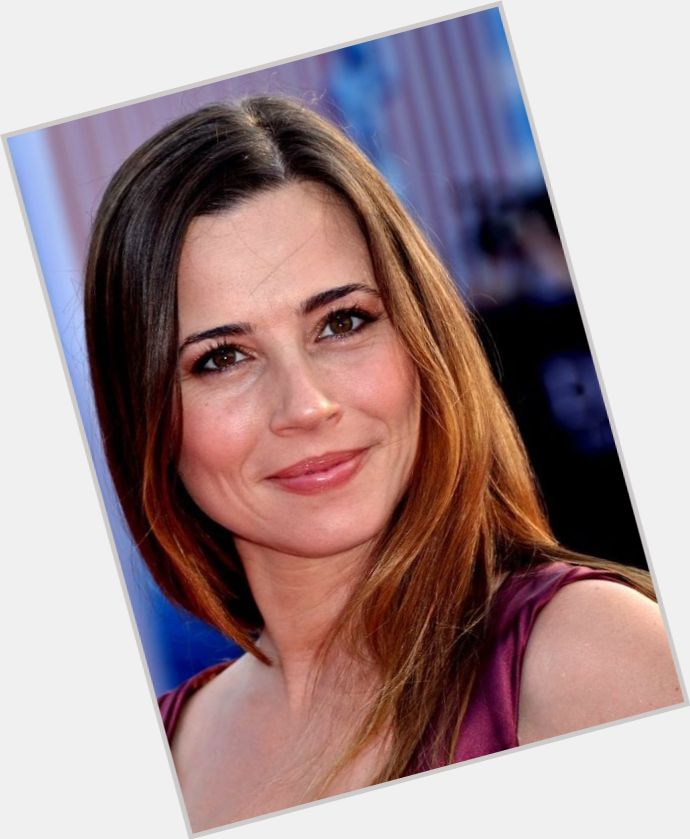 Linda Cardellini | Official Site for Woman Crush Wednesday ...