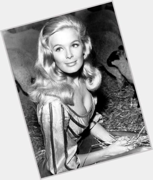 linda evans new hairstyles 5.jpg