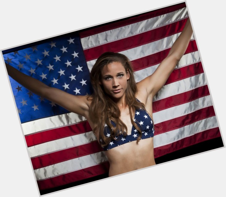 lolo christian singles Lori susan lolo jones (born august 5, 1982) is an american hurdler and bobsledder who specializes in the 60 meter and 100 meter hurdles she won three ncaa titles and garnered 11.