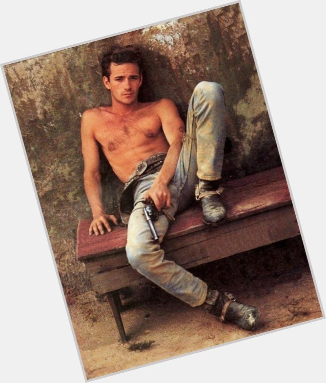 Luke Perry Is Gay 26