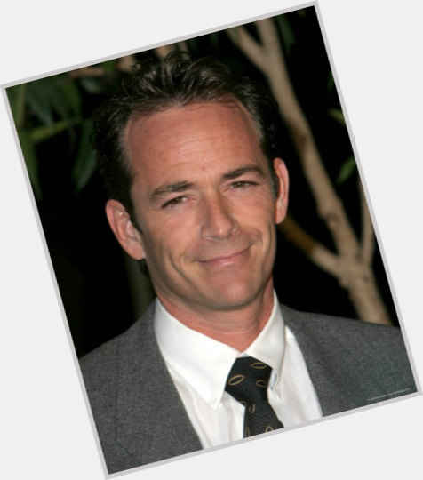 luke perry new hairstyles 1.jpg