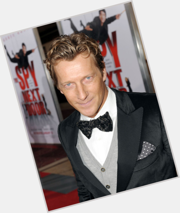 magnus scheving body 0.jpg