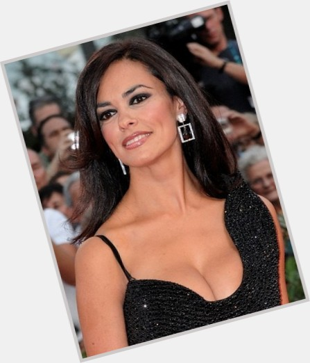 maria grazia cucinotta james bond 0.jpg