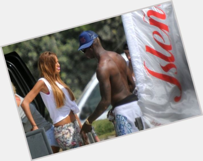 mario balotelli girlfriend 11.jpg