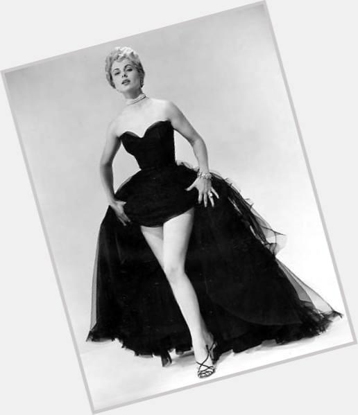 """Résultat de recherche d'images pour """"Martha Hyer hot"""""""