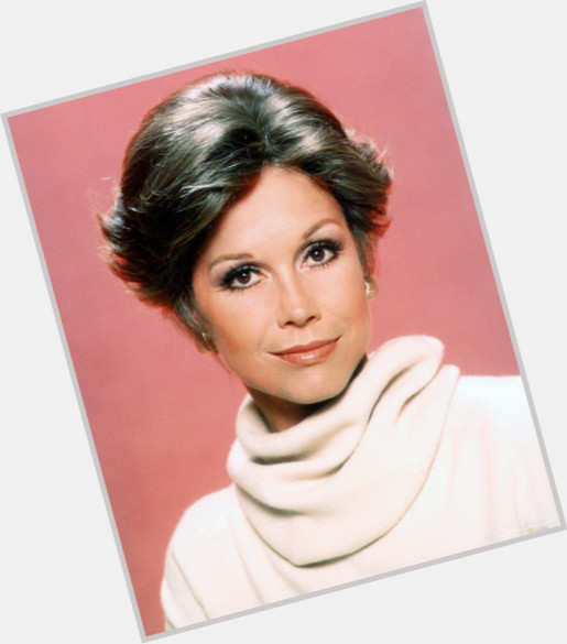 mary tyler moore new hairstyles 1.jpg