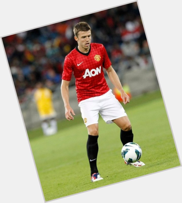 michael carrick new hairstyles 8.jpg