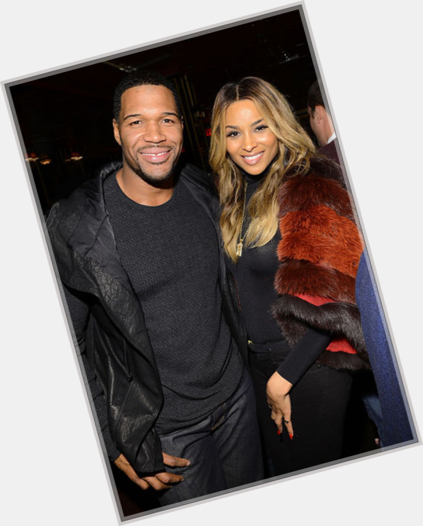 strahan hindu dating site When the news broke last month that america's royal couple (no, not kimye—tom and gisele) had purchased a $14 million apartment in the stunning one madison building, our interest was piqued.