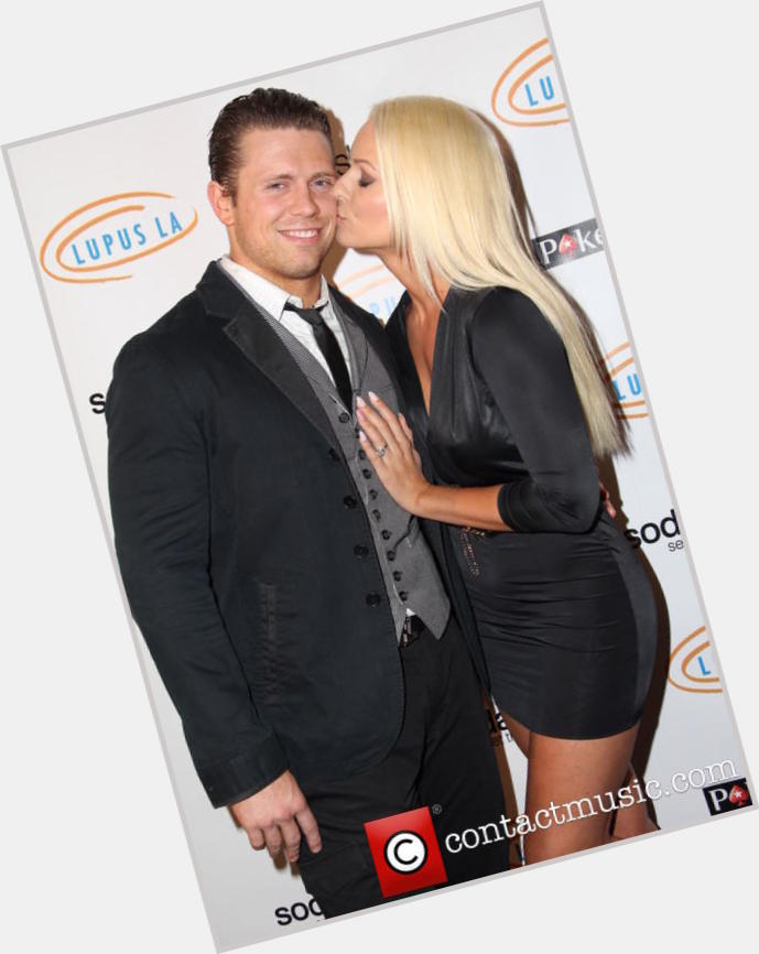 mike the miz mizanin girlfriend 1.jpg
