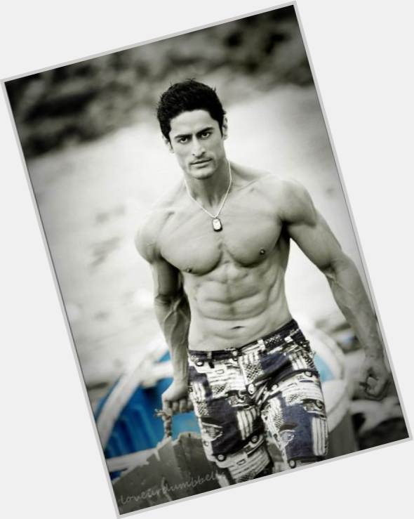 mohit raina and his wife 6.jpg