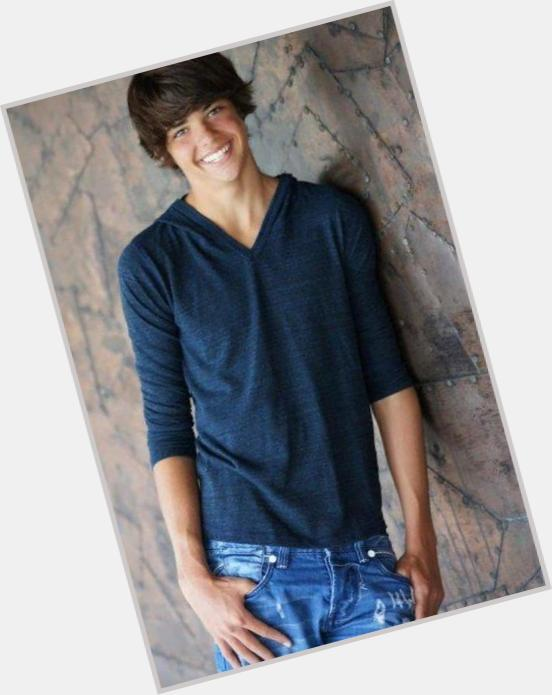 noah centineo age new hairstyles 5.jpg