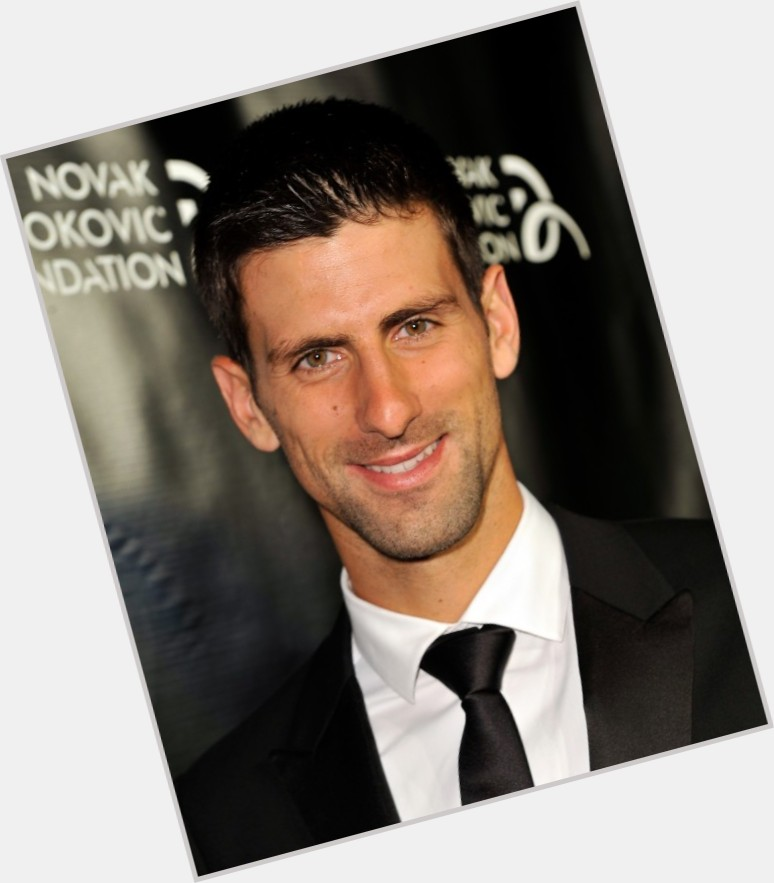 novak djokovic playing tennis 1.jpg