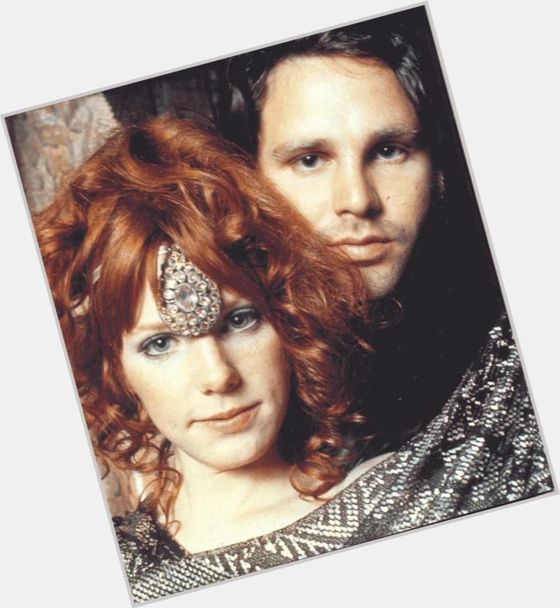 pamela courson and jim morrison 1.jpg