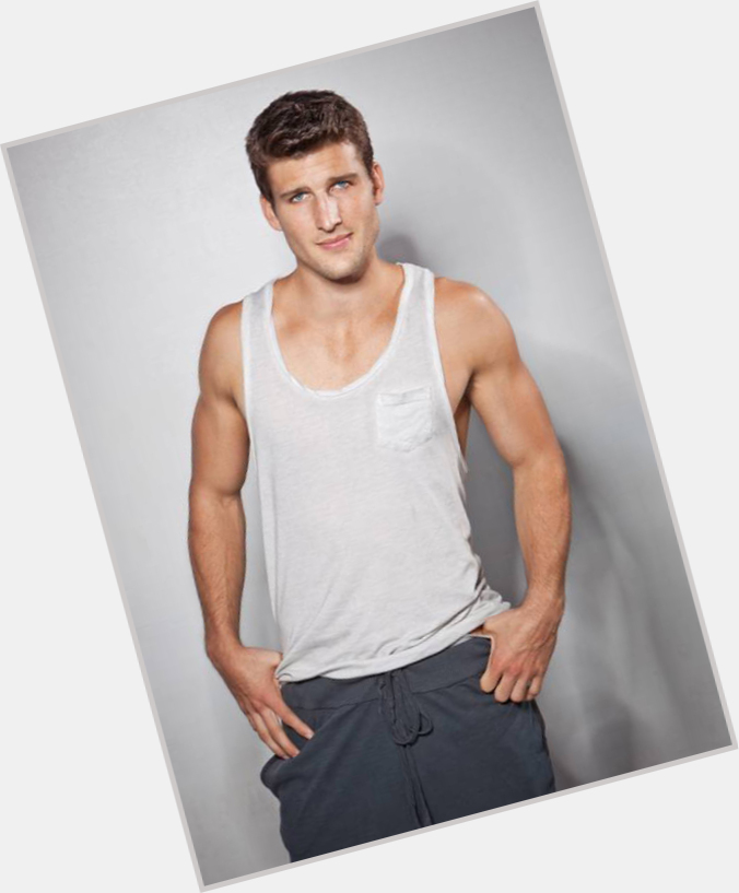 parker young abs 9.jpg